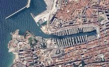 Photo-mystère: un port... Mais lequel?
